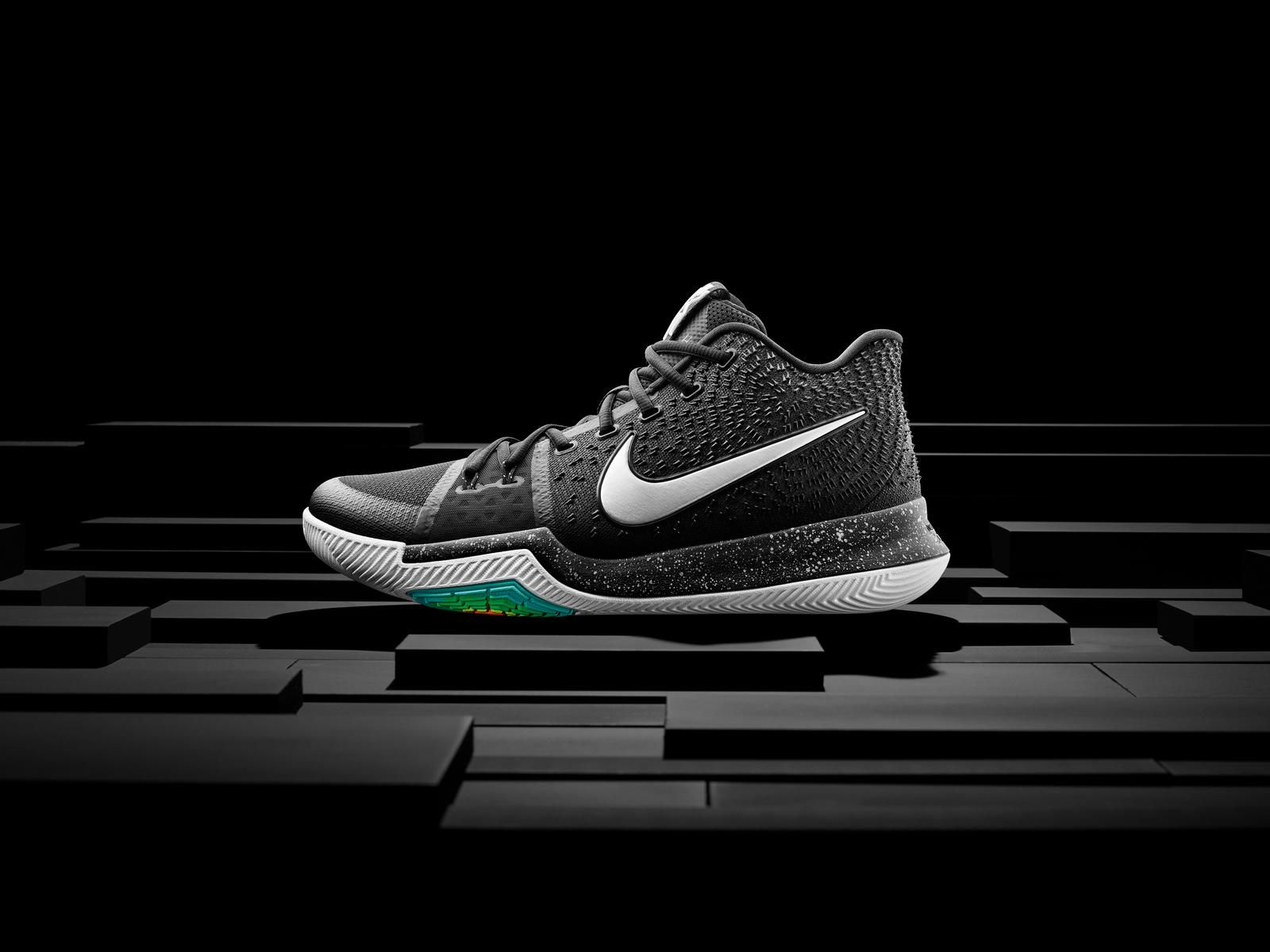 16-400_nike_kyrie_hero_single-01_native_1600